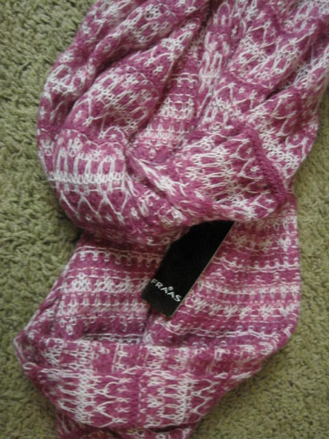 Fashion Reviews: FRAAS infinity scarf