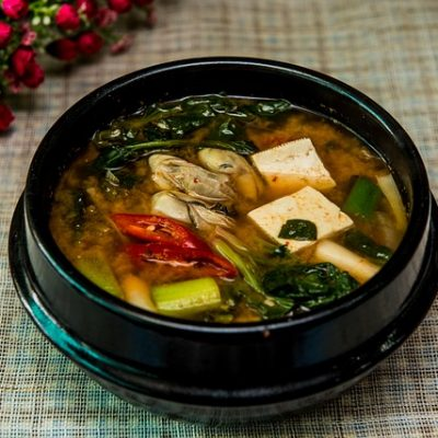 5 Japanese Dishes for Faster Injury Recovery