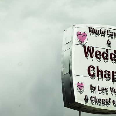 """Why a Vegas Wedding is the Perfect Destination to Say Your """"I Dos"""""""